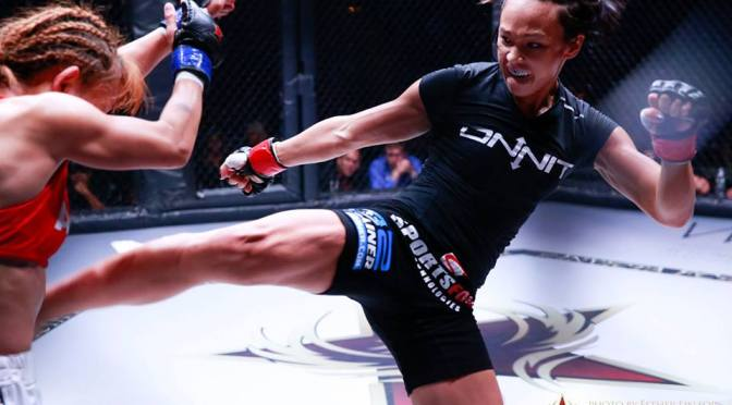 Michelle Waterson Signs to the UFC