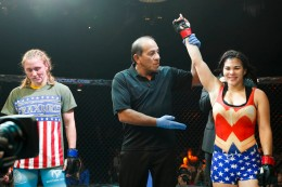 Rachael Ostovich vs Evva Johnson