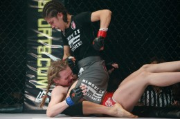 Roxanne Modafferi vs Andrea Lee