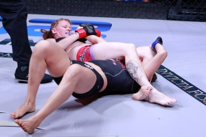 Courtesy Esther Lin/InvictaFC