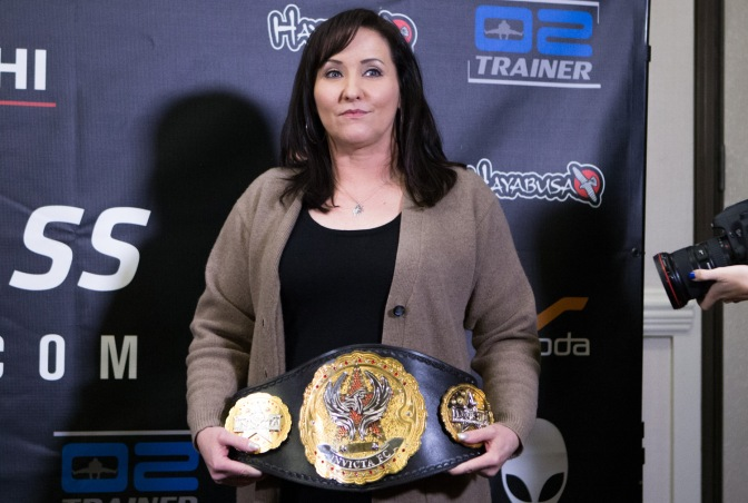 Shannon Knapp Talks Boxing, Flyweights, Titles, & More